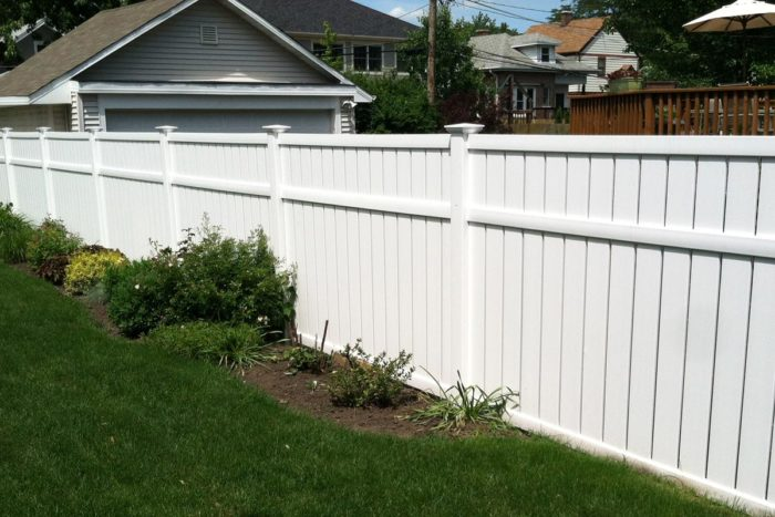 San Diego Fence & Gate Installation Contractors - Vinyl Fences, Wood Fences, Aluminum Fences, PVC Pergola, Repairs & Replacement, Gates- 38-We do Residential & Commercial Fence Installation, Fencing Repairs and Replacements, Fence Designs, Gate Installations, Pool Fencing, Balcony Railings, Privacy Fences, PVC Fences, Wood Pergola, Aluminum and Chain link, and more